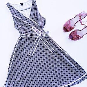 ANN TAYLOR Geometric Faux Wrap Dress Size Small